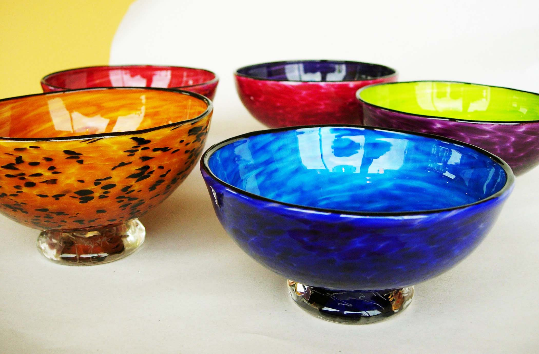 footed bowls